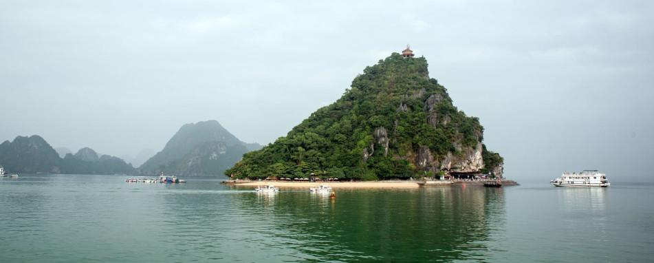下龍灣 英雄島 titop island